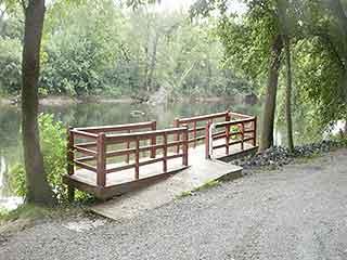 SHENANDOAH RIVER CLOSE BY TO FISH, SWIM, BOAT