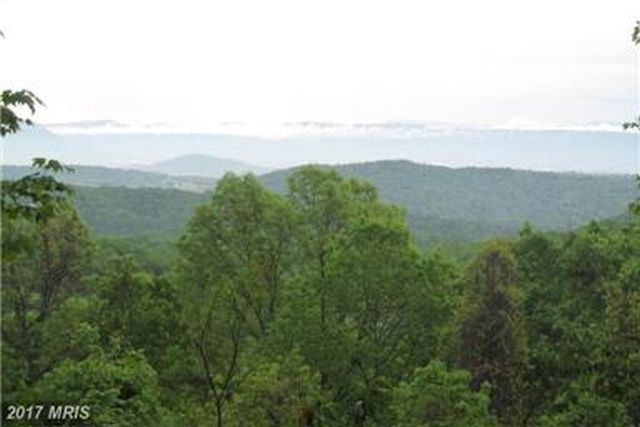 GREAT VIEWS OF COLORFUL BLUE RIDGE MOUNTAINS