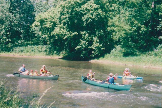 CANOE, KAYAK IN THE WILD AND WONDERFUL HILLS OF W.VA