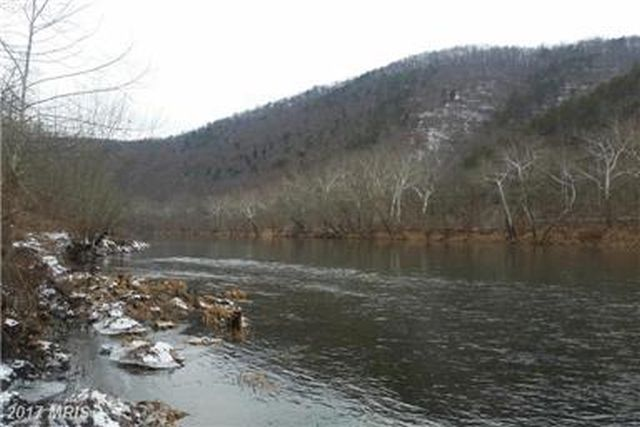 TRY A WILD CANOE OR KAYAK TRIP TO HARPER'S FERRY
